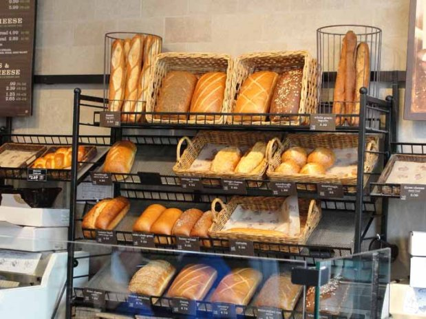 Bread_display_web