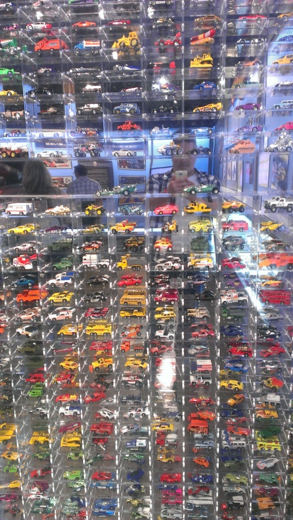hotwheels.wall